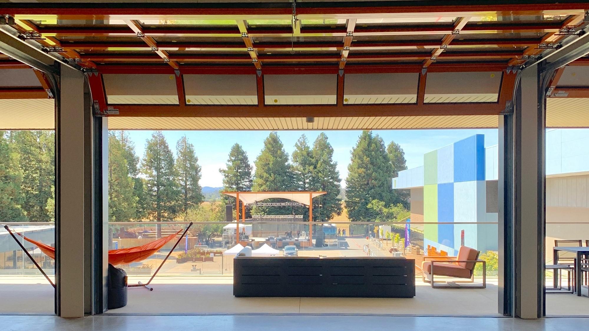Deck Design Rohnert Park SOMO Lounge 3 New deck with open garage door