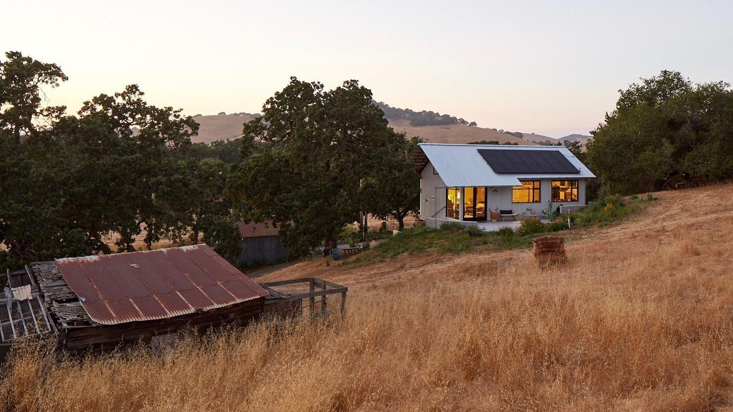Green-Building-Sonoma-County-ADU-1-New-residential-home-on-the-site-of-a-demolished-farm-worker-house