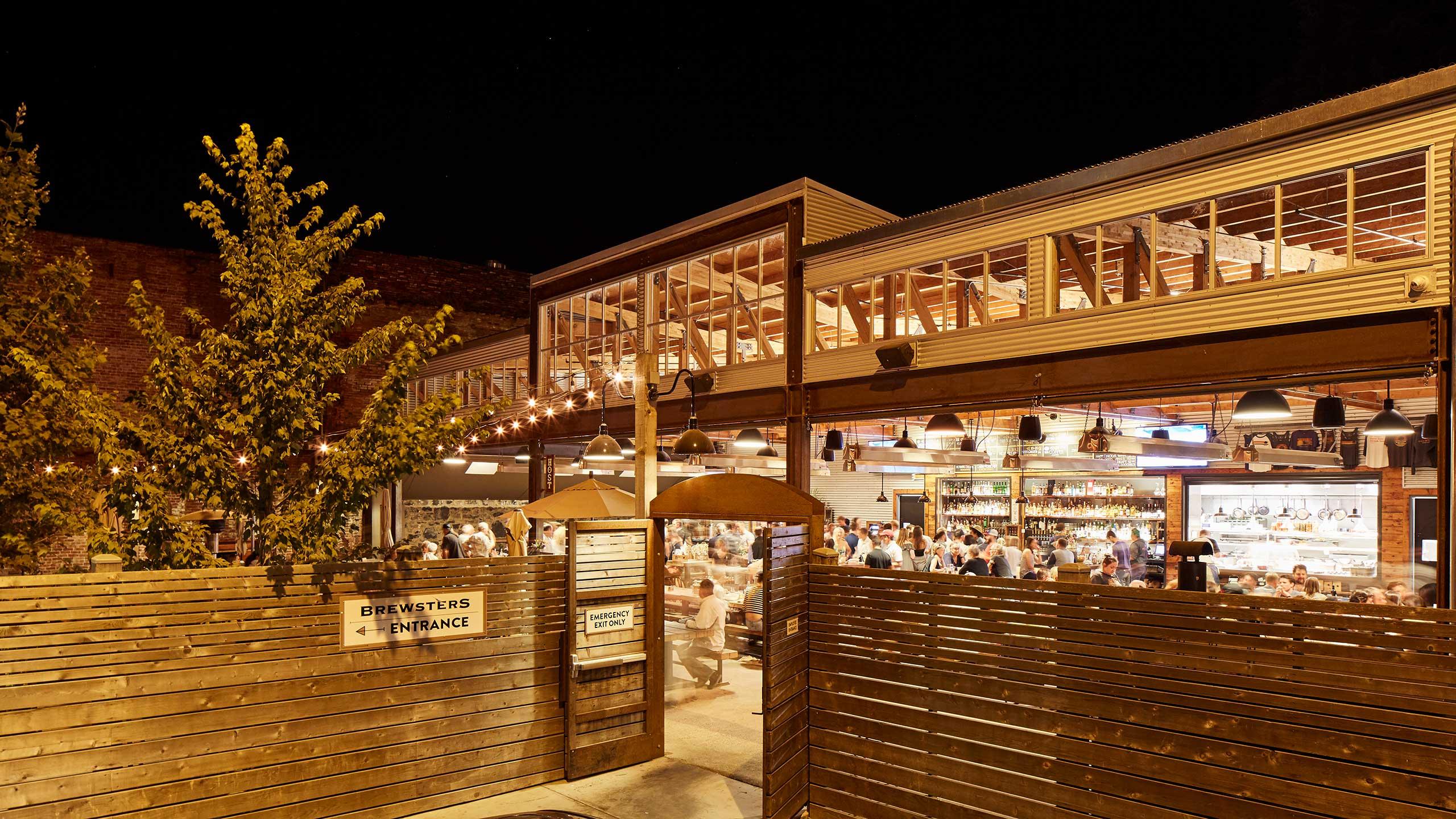 Petaluma-Restaurant-Design-Brewsters-contemporary-Roof-structure