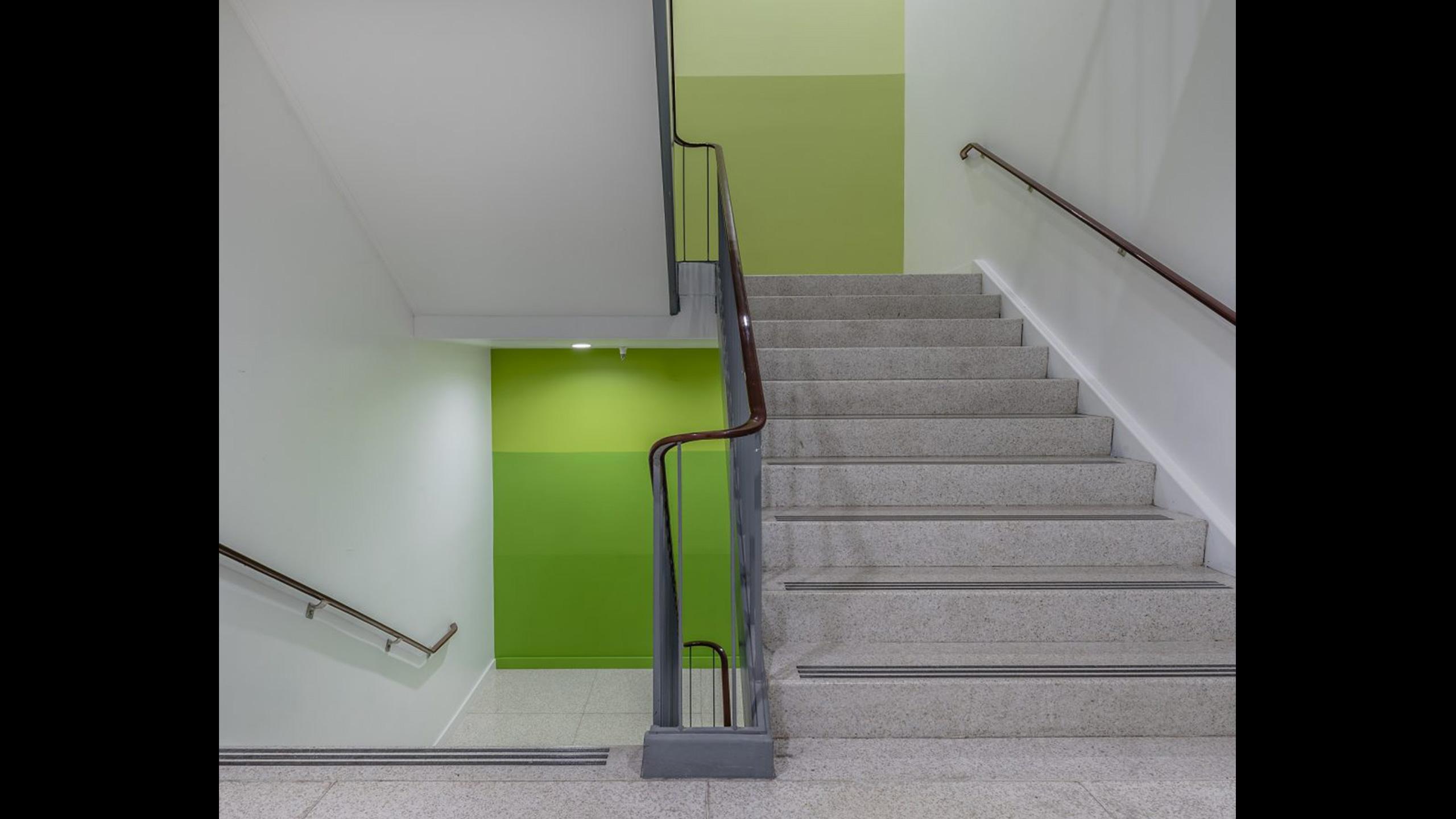 SOMO-Blue-Room-Commercial-Design-Rohnert-Park-6-Staircase-design