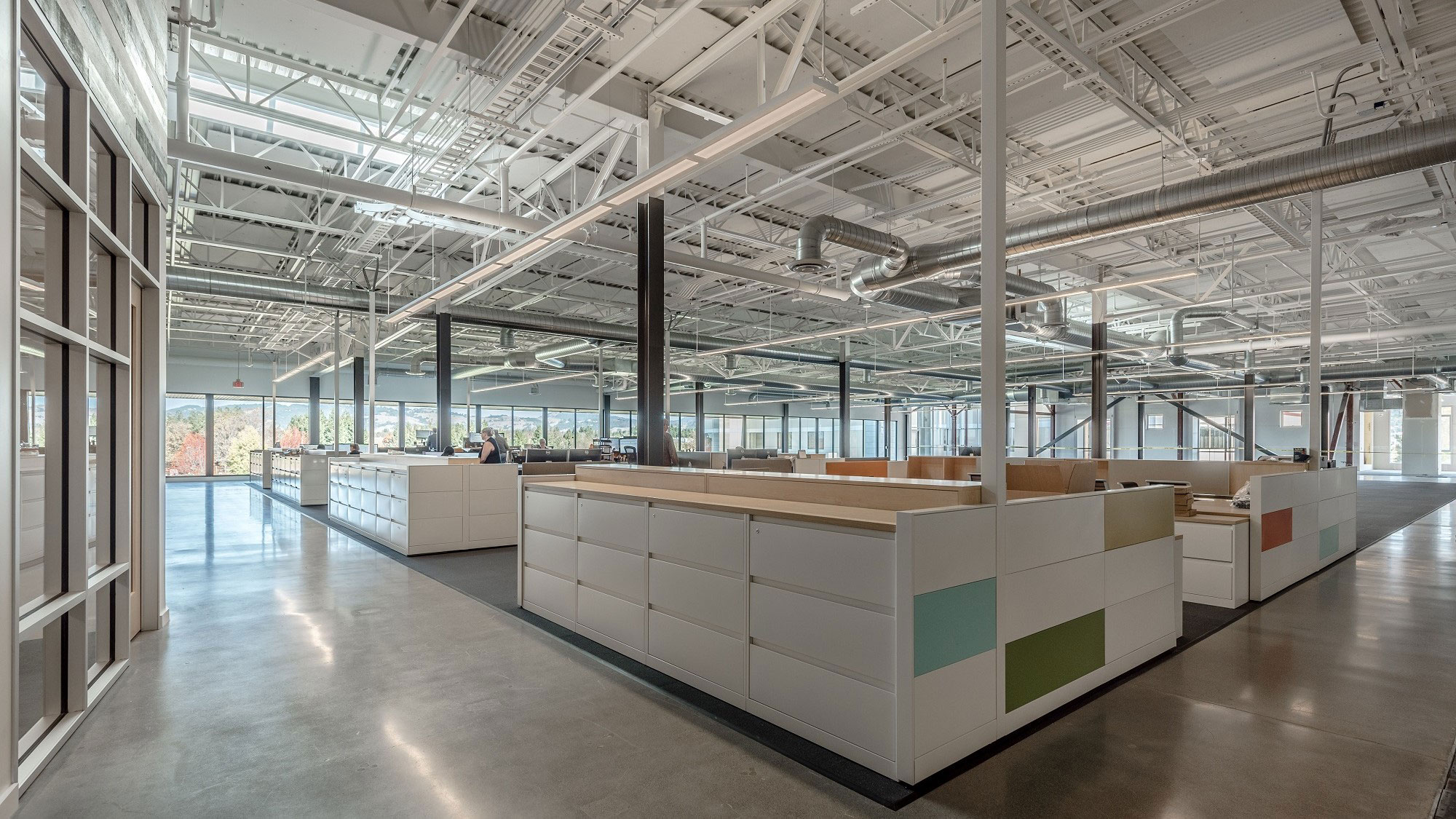Tenant-Improvements-Rohnert-Park-TMI-2-6-Modern-office-design-with-polished-concrete-floor-and-industrial-ceiling