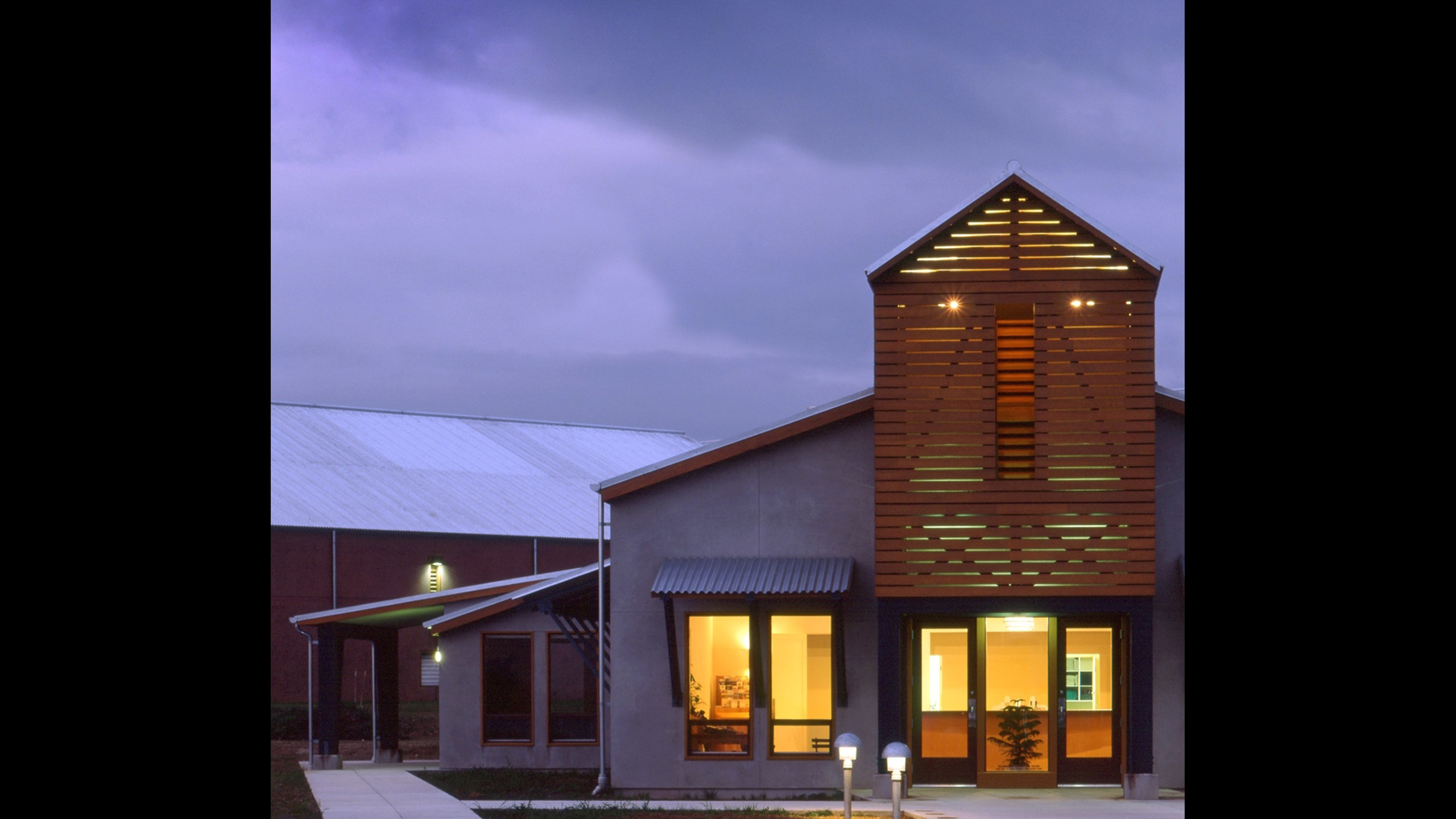Winery-Architecture-Geyserville-Clos-du-Bois-exterior-2