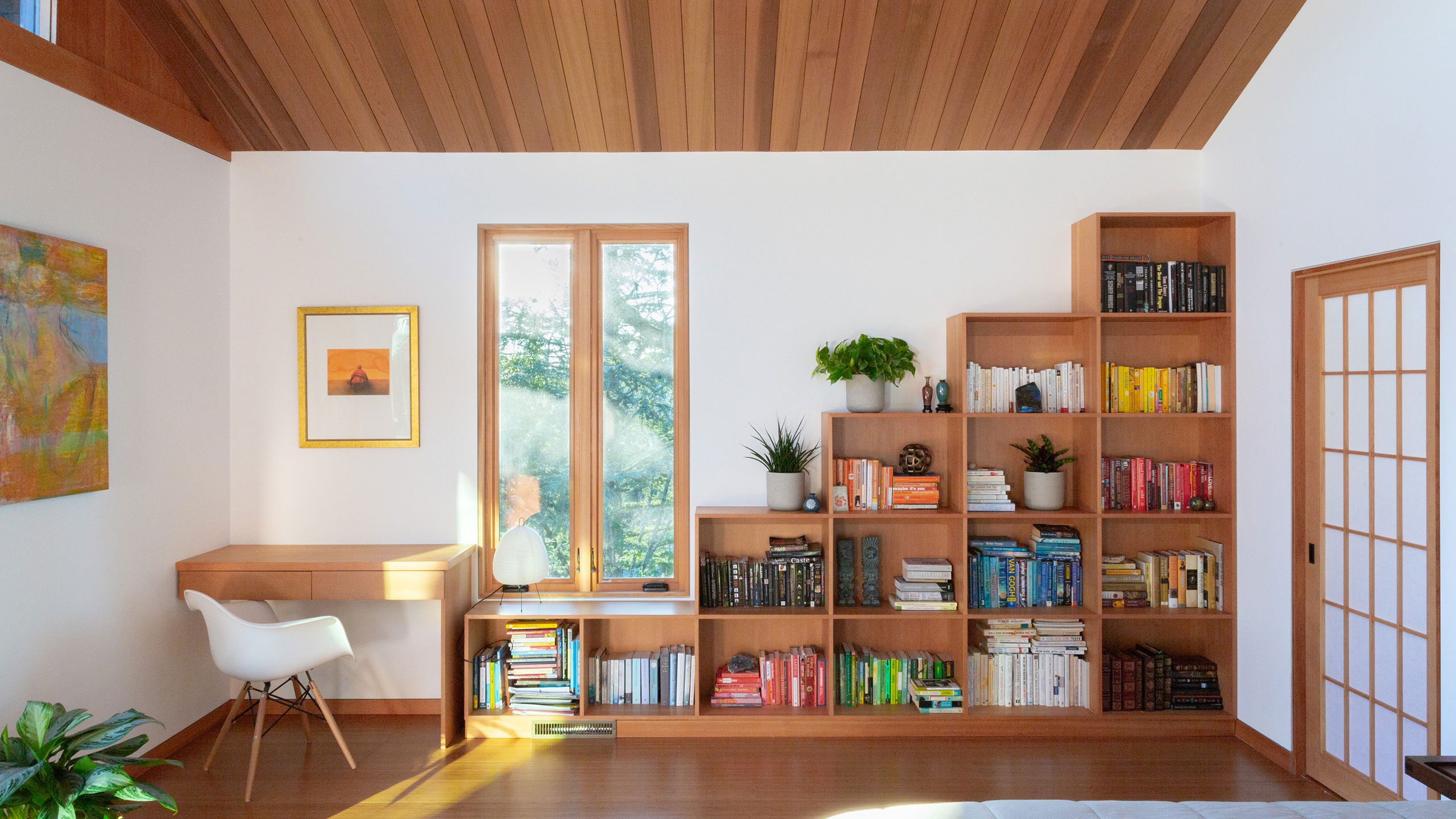 Zen-House-Santa-Rosa-vaulted-ceiling-and-wooden-built-in-bookcase